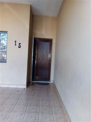 Prime office space to Let in Central Pinetown with secure pkg. L/W incl. Imm