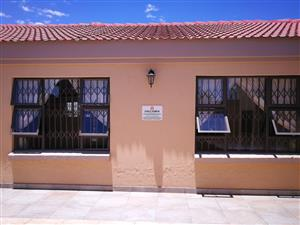STUDENT ACCOMMODATION IN ORLANDO WEST NEAR VILAKAZI STREET