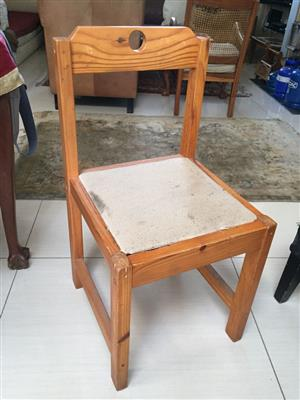 Single pine chair with removable upholstered cushion - priced to go