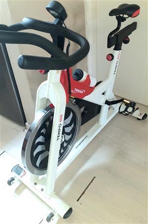 Tempo  400 Spin Bike