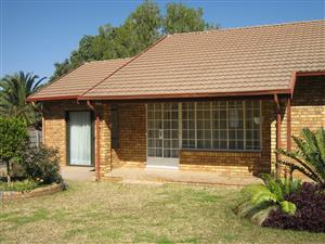GREAT NEAT NEW HOME FOR SALE: