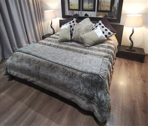 Beautiful dark oak wood King size bed