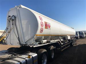 Tri Axle Fuel Tanker