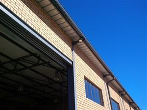 420 sqm UPMARKET workshop with offices and changerooms in new BUSINESS PARK!