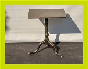 Early Victorian Mahogany Tilt Top Side Table - SKU: 419