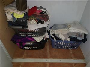 Second hand clothes.
