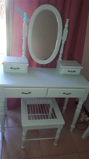 Dressing Table, Chair and Headboard