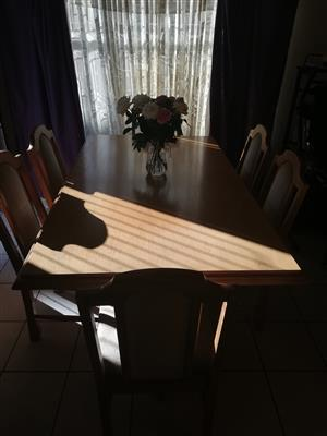 6 seter dining wroom table