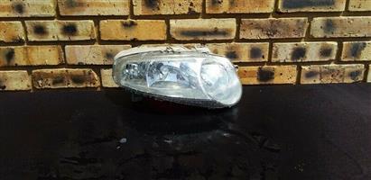 Alfa Romeo 147 Right Side Headlight