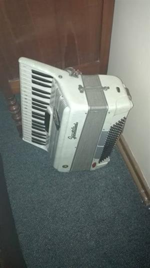 Trek klavier