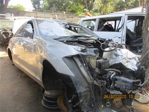 MERCEDES S500 W221 STRIPPING FOR SPARES