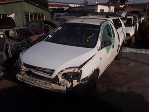 OPEL CORSA STRIPPING FOR SPARES