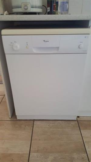 Dishwasher 12 place