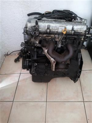 Nissan sentra engine GA16 need new rings and some few parts