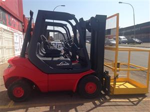 LINDE 2.5 TON FORKLIFTS FOR SALE