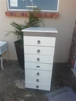 White drawer stand for sale