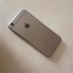 iPhone 6 silver 64GB Still in very good condition for sale