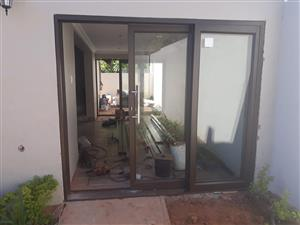 Aluminium High perfomance/Heavy duty sliding doors up for a big sale