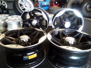 16 inch black n silver mags for Toyota hillux/fortuner,Ford Ranger,Isuzu,Mazda and Nissan hardbody for R4000.