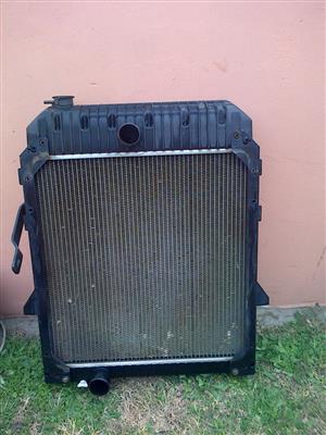 Cat 424 D Radiator