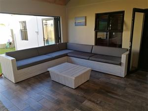 Stunning custom made pallet furniture!!!