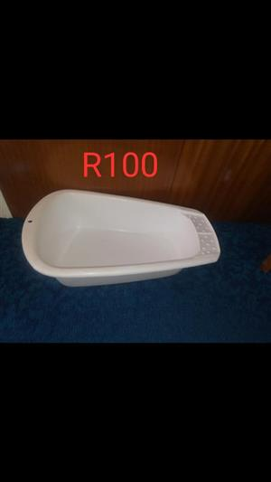 Baby bath for sale.