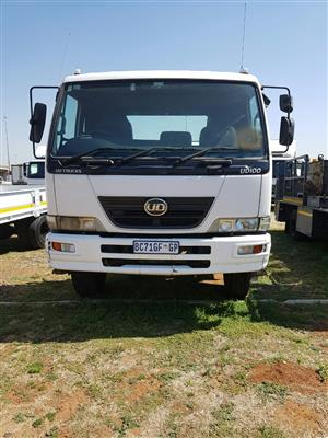 2011 Nissan UD100 4x2 Truck Tractor for sale