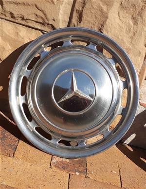 Mercedes Benz vintage wheel caps