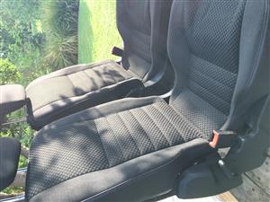 Defender jump seats