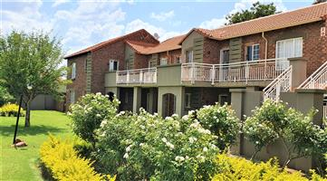 Paarlberg 45 is a Fully Furnished 2-Bedroom Apartment to Let in Equestria Pretoria East
