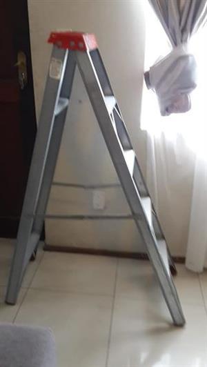 4 step alminium.ladder