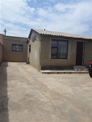 4 Rooms house for sale in Klipspruit