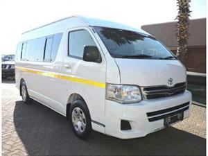 2011 Toyota Quantum SLWB bus QUANTUM 2.8 GL 14 SEAT