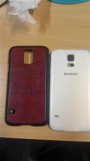 Samsung  S5 and smartwatch to swap