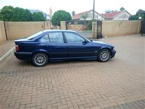 1998 BMW 3 Series sedan 320i AT (G20)