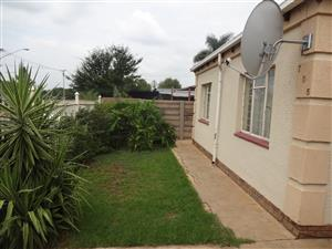 Lovely big 3 bedroom house for rent. R6500 Pretoria North