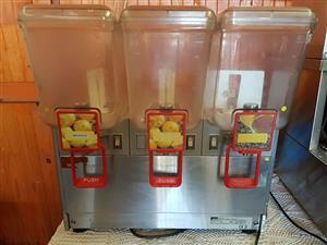 Industrial juice dispenser