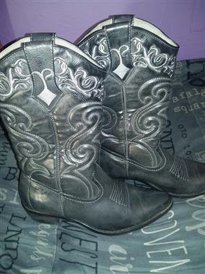 Bronx ladies leather cowboots