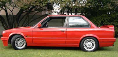 1991 BMW 3 Series 325i coupé