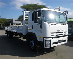 2017 Isuzu FTR850 8ton dropside truck - AA2788