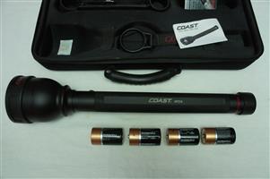 Coast HP314 Long Range Focusing 1132 Lumen LED Flashlight by Coast