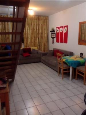 Du plex , 2 bedroom flat, security block , Loevenstein