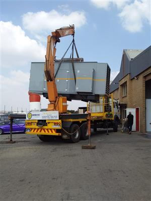 Crane Trucks for Hire