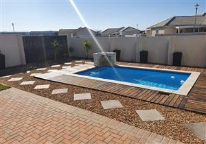 Swimming Pool Construction ,Repairs & Maintenance
