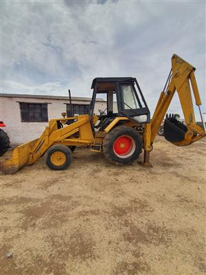 Used Case 580 4x2 TLB for sale