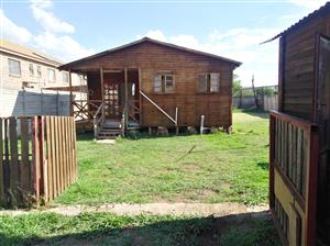 1 Bedroom Lock Cabin for R4000 Water and electricity included, Lots of space.