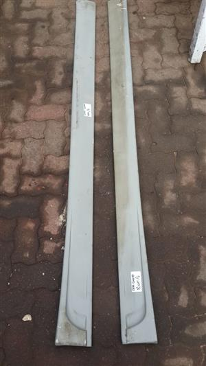 OPEL CORSA GAMMA 2006 SIDE SKIRTS FOR SALE WHEN NEEDED URGENTLY