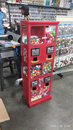 GAME VENDING MACHINES BUSNIESS FOR SALE