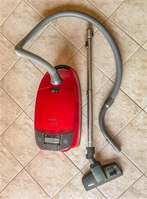 Miele Vacum Cleaner 1800 Watt