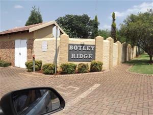 2 Bedroom Townhouse to rent in Botley Ridge - Heuwelsig Estate Centurion